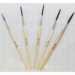 Outliners Mack Brushes